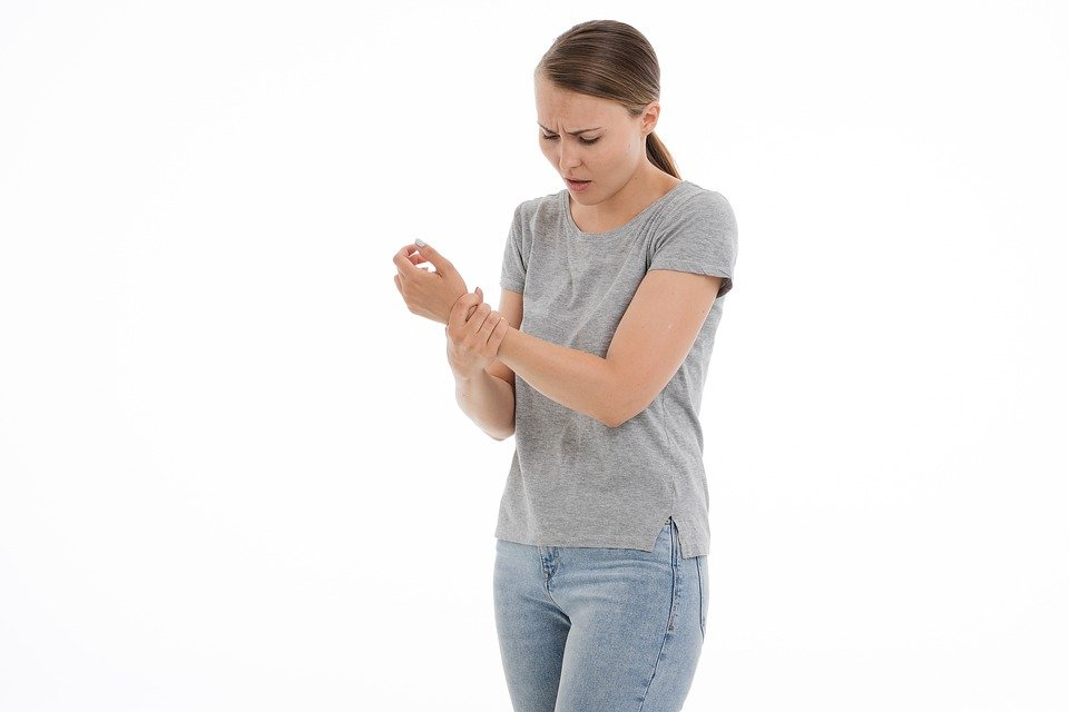 細胞治療能夠解決類風濕性關節炎嗎?骨科醫師分析2關鍵問題 | Heho健
