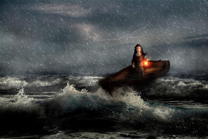 это время лодка в шторм картинки взрослым намного спокойнее