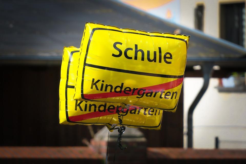 Einschulung, Luftballon, Schulanfang, Schulbeginn