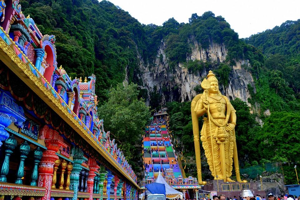 Colourful Batu Caves in Kuala Lumpur