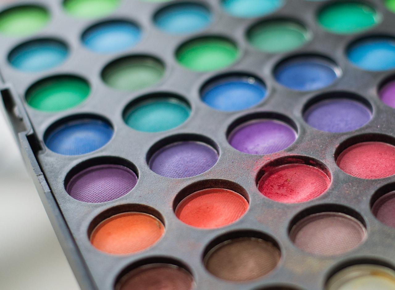 Colours косметика купить украина косметика белита купить в москве адреса