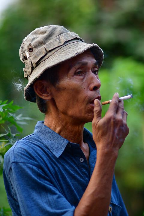 Kouření obličeje zdarma