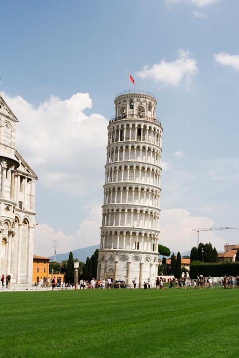 Pisa, Italia, La Torre Inclinada De Pisa, Arquitectura