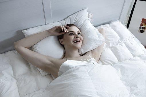 pisilnek szexvideók alatt