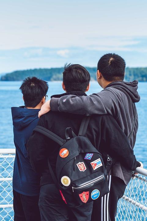 Drie, Jongens, Hugs, Kinderen, Vriendschap, Groep, Jong