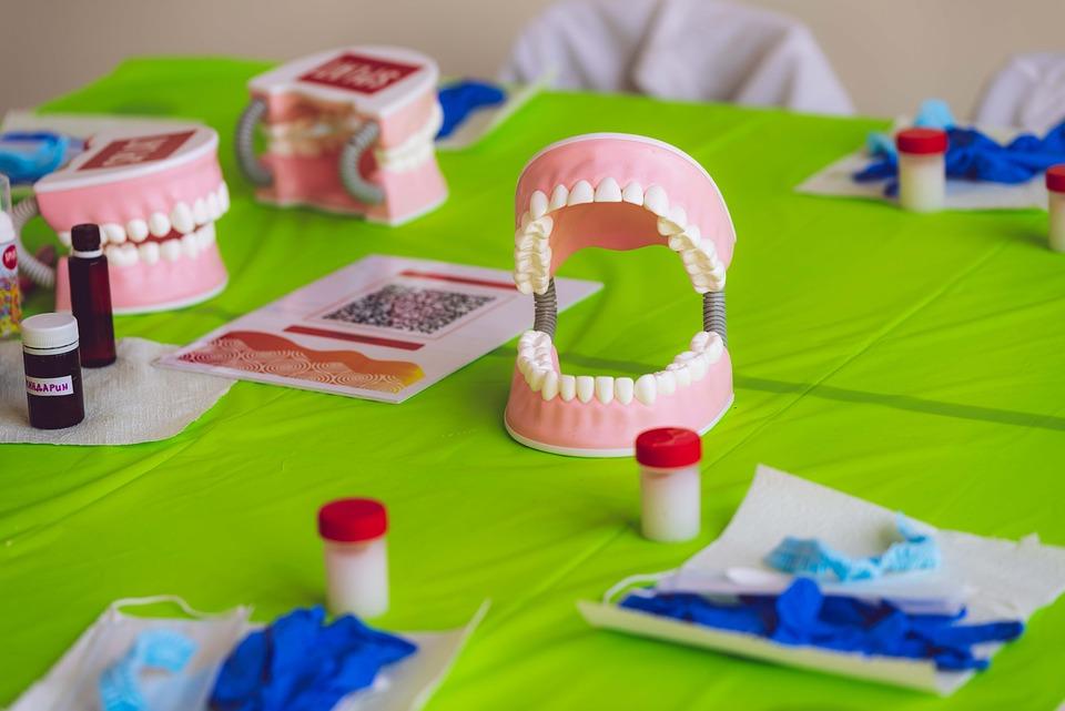 Стоматолог-ортопед: задачи, диагностика, методы лечения, правила выбора специалиста