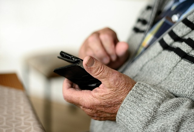 Mobile Phone, Smartphone, Old Human, Seniors