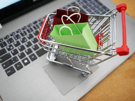 應用大量網購資料進行大數據分析,跳脫傳統ㄐㄧ貸可更加了解賣家財力,多家銀行針對網路電商賣家推出新型貸款服務:台新「賣家貸」、凱基「賣家發財金」、中信「賣家貸財金」