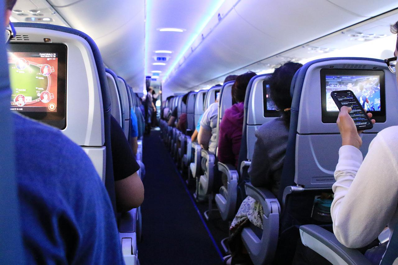 Flight Airplane Passengers - Free photo on Pixabay