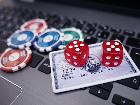 online and land based casinos