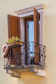 Balcony, Mediterranean, Facade