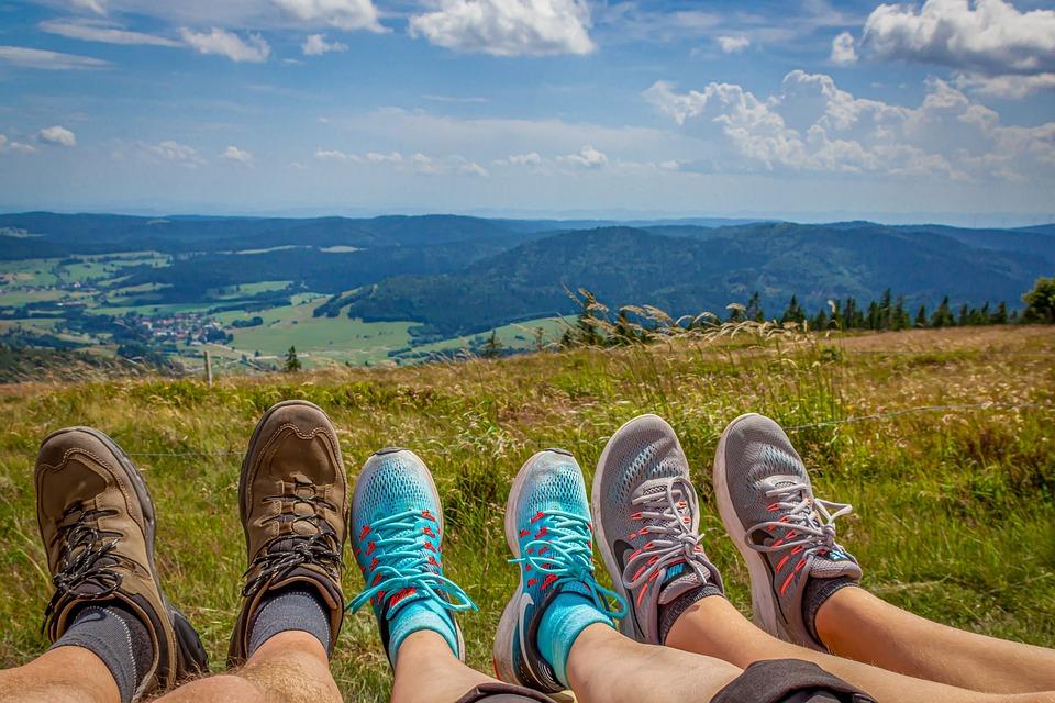 登山新手疑難雜症解惑:爬山穿登山鞋好,還是雨鞋?