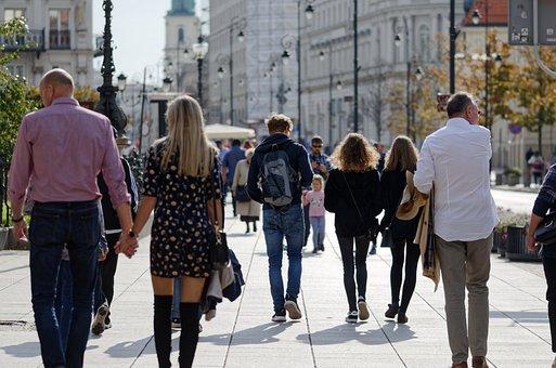 人々, 人, 観光客, う, の歩道, ストリート, 建物, ポス, 木, 植物
