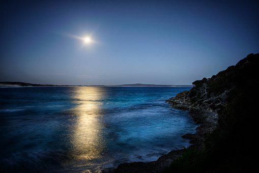 The Moon and the tides