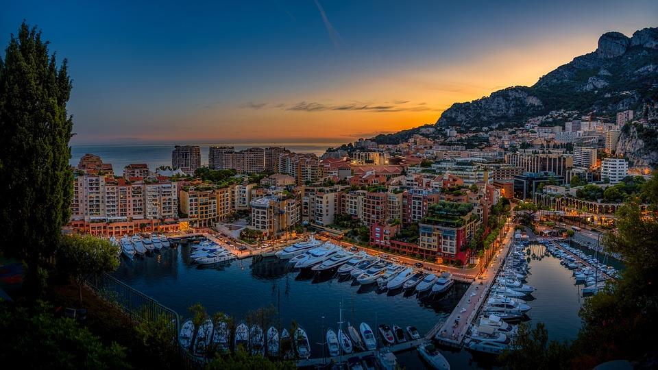 https://pixabay.com/photos/monaco-city-port-yachts-building-4563055/