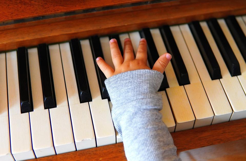 Hand, Child, Children'S Hands, Piano, Keys, Piano Keys