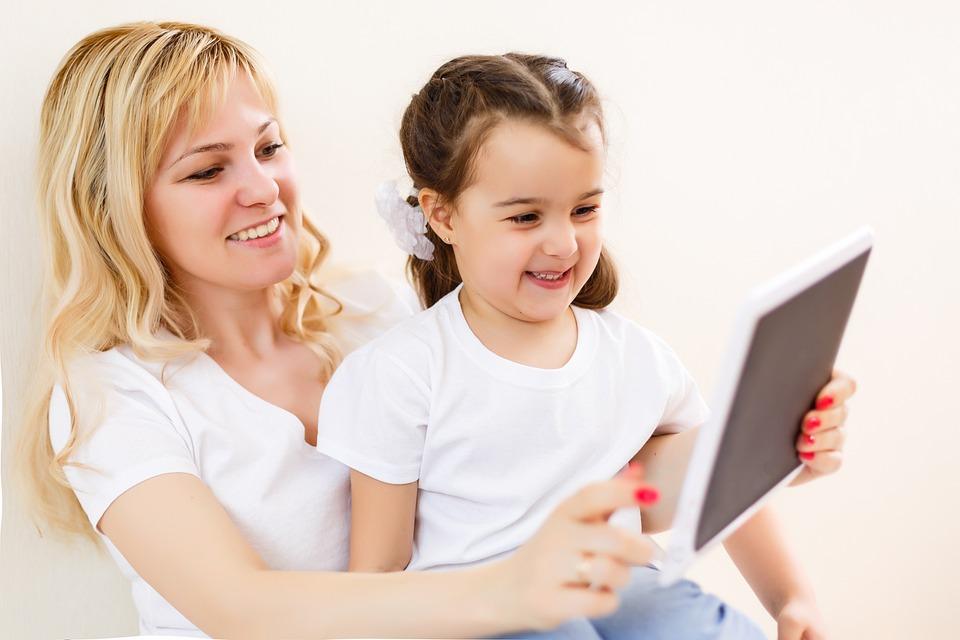 Можно ли ребенку играть в компьютерные игры?