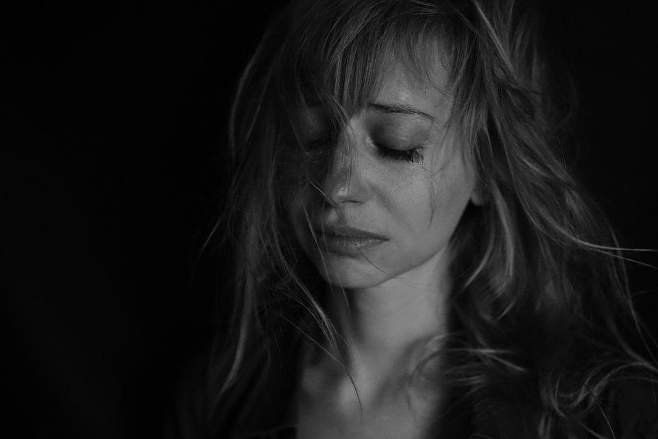悲しみ, 涙, 号泣, な喜び, うつ病, 怒, な気分, 悲しいです, 女の子, 女性, メランコリア