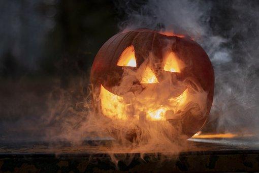 هالوين ، الدخان ، الظلام ، عصبي
