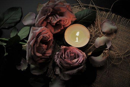 Vela, La Llama, Luz, Tristeza, Celebrar