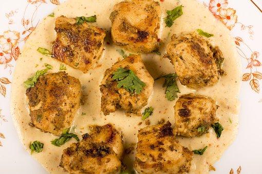 Chicken With White Sauce, Smoke Chicken