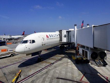 デルタ航空のスカイマイルはどう貯める?お得な使い方とは?のサムネイル画像