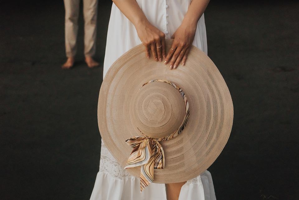 カップル, 帽子, 愛, 女性, 男, 人, 雰囲気を好む人, 関係, 幸せ, ロマンチック, 一緒に, 観光