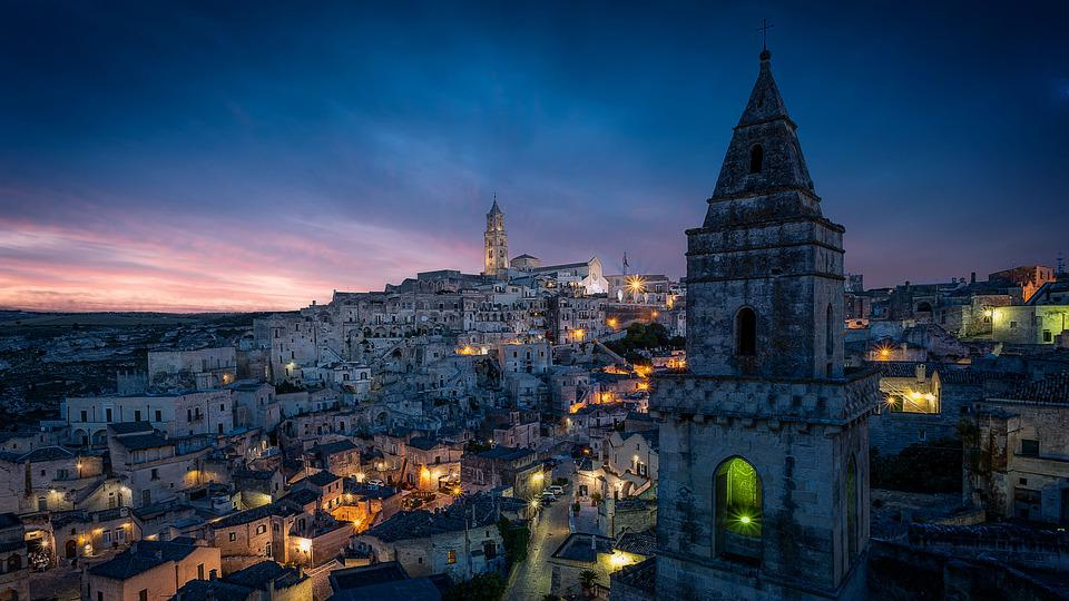 pixabay.com/photos/matera-cityscape-italy-city-sassi-4612016/(opens in a new tab)