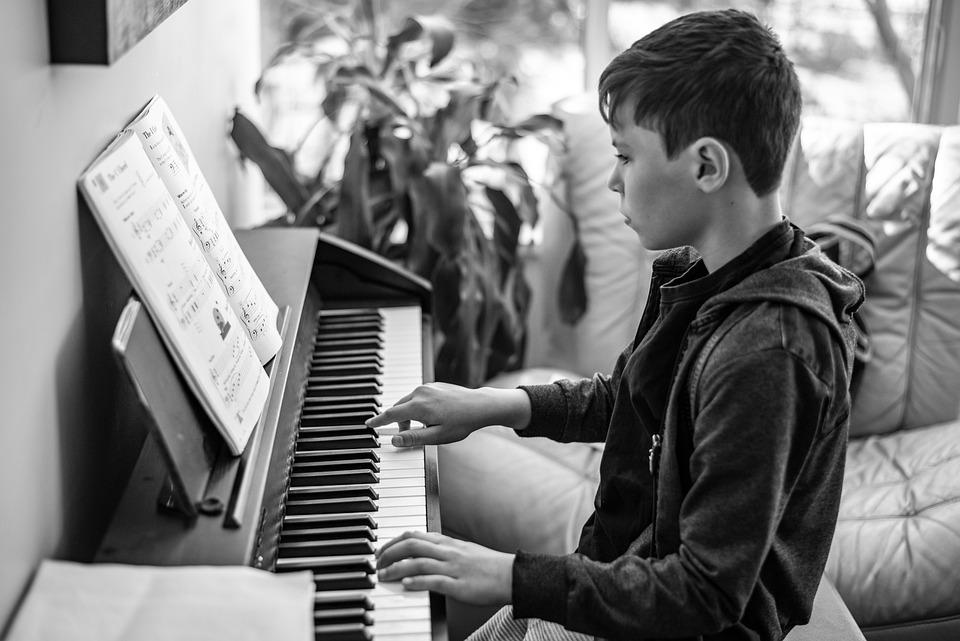 ピアノのレッスン, ピアノ, 音楽, キーボード, 少年, 学生, ピアニスト, ブラック, 古典的な