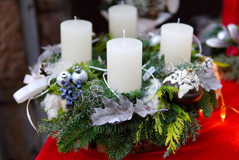 Wieniec Adwentowy, Świece, Nadejście, Boże Narodzenie
