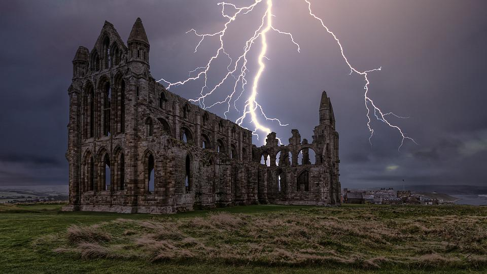 Whitby Abbey, Dracula, Lightning, Yorkshire, Whitby