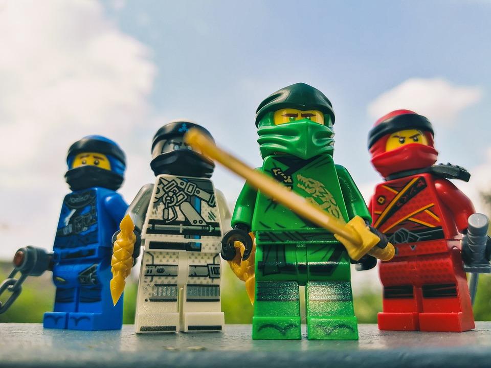 Lego Ninjago Characters Zoom Background 2