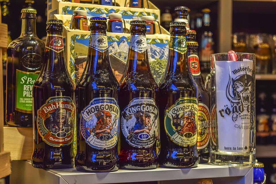 ビール, ビール瓶, ドリンク, アルコール, のどの渇き, ボトル, ガラス瓶, リフレッシュメント, 茶色