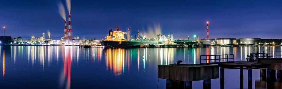 夜景, パノラマ, 工業地域, 石油関連プラント, 大阪湾岸エリア, ライト, カラフル, 水面の反射, 日本