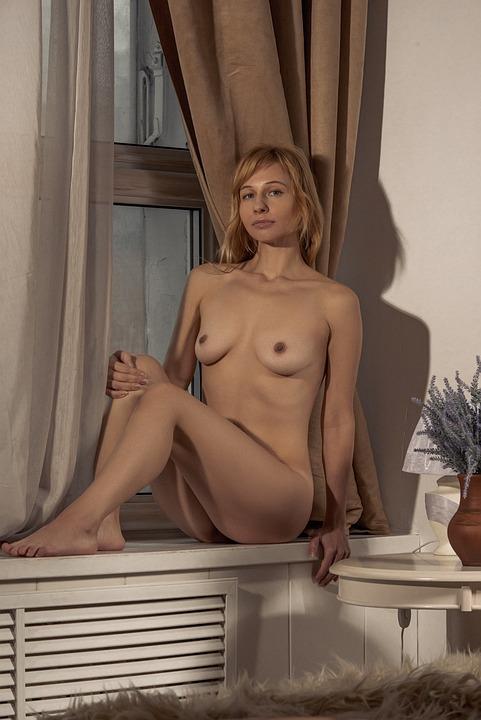 Cum shot on naked girls