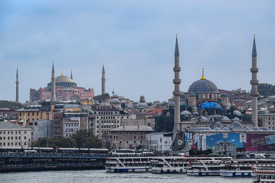 Taistelu arvoista – katsaus Turkin koulutuspoliittisiin muutoksiin