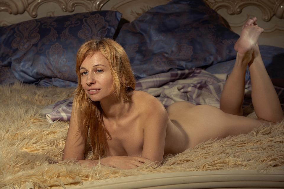 Nackt mädchen 16 Teen Mädchen