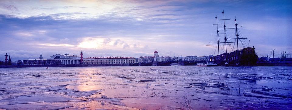 В начале марта в Петербург вернется