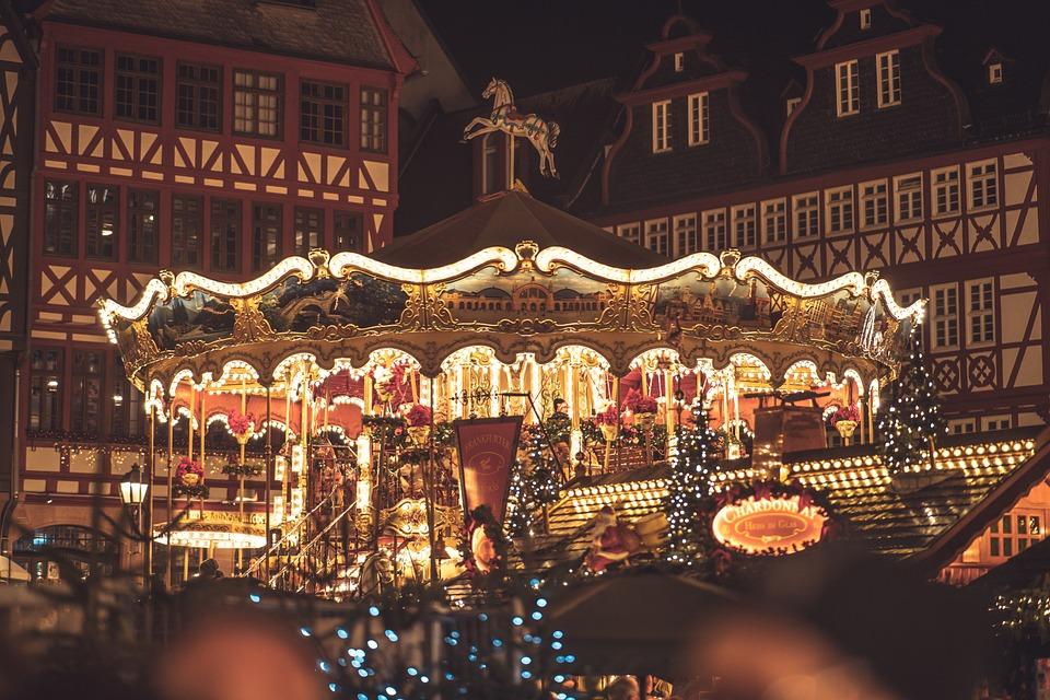 Hvor skal man reise i desember? Et julemarked kan være et flott sted å reise.