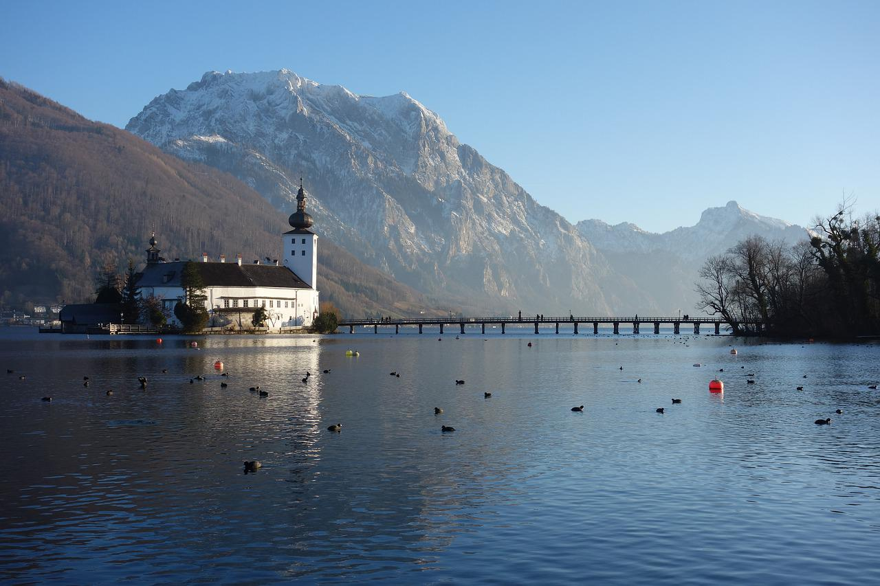 Romantic Lake Castle Schloss Ort On Traunsee Austria Youtube