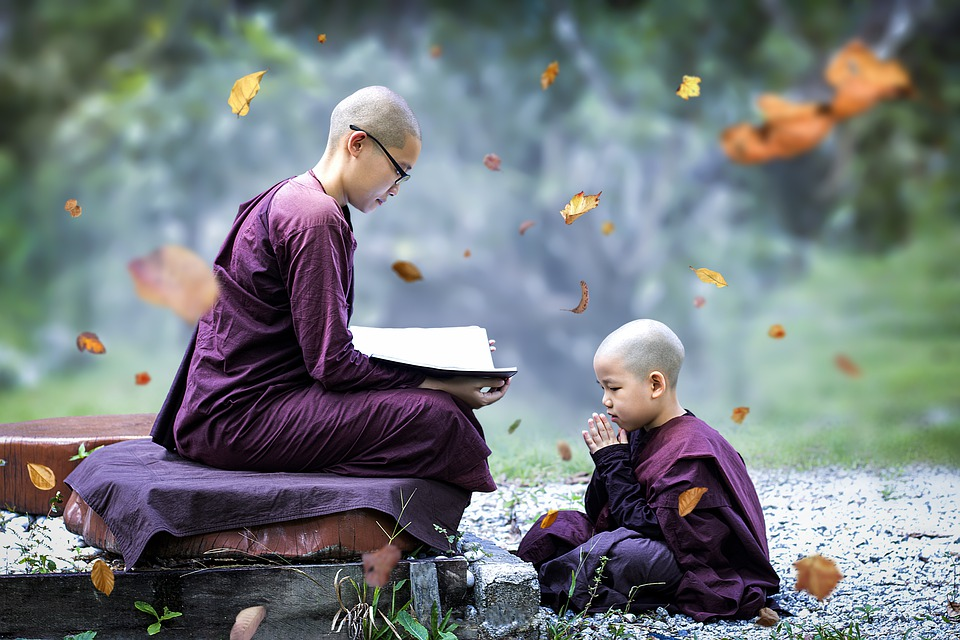 Theravada Boeddhisme, Sayalay, Nun, Boeddhistische