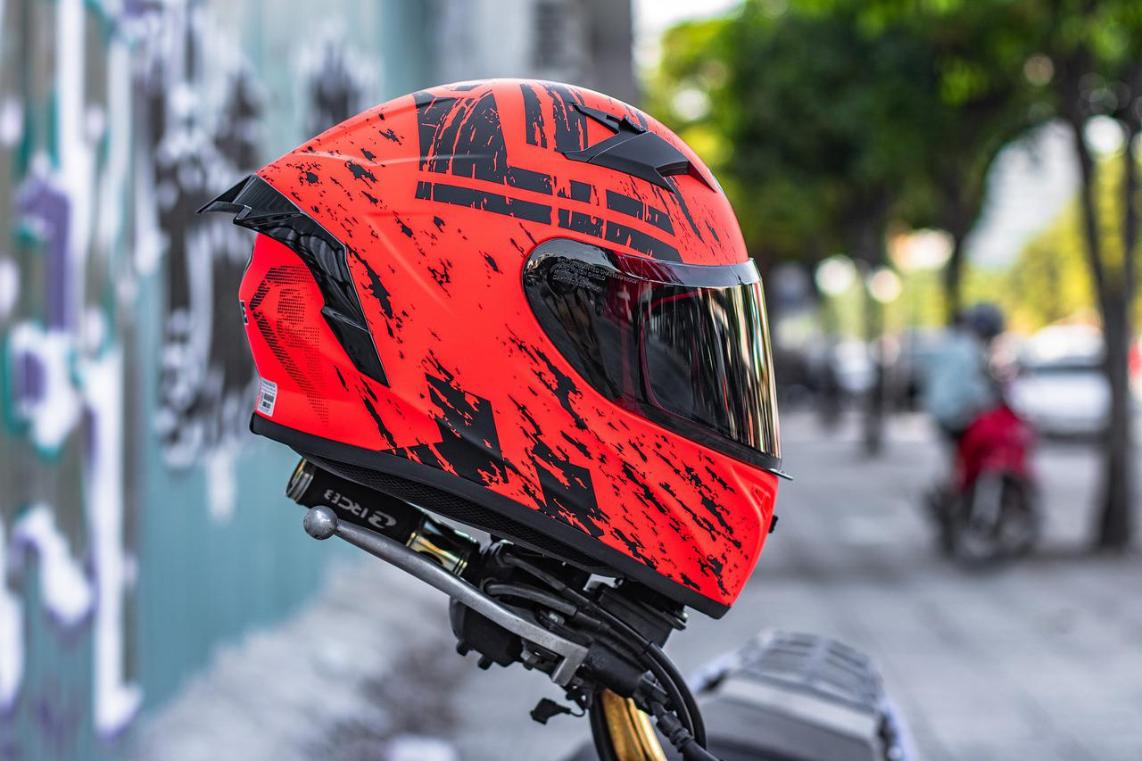 Helmets Motorcycle Helmet - Free photo on Pixabay
