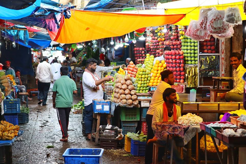 India, Bazaar, Market, Fruit, Men