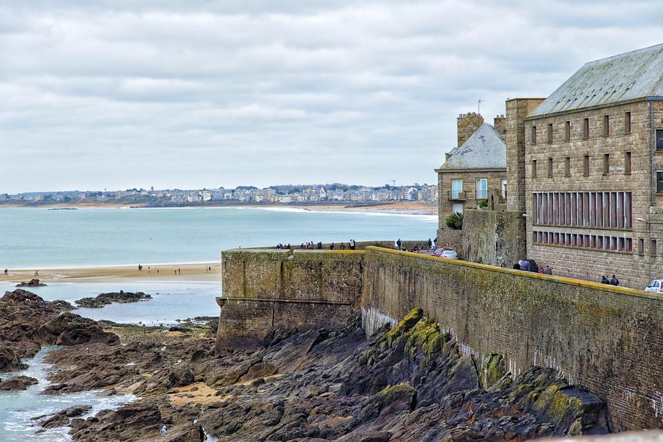 Saint-Malo, Mer, Bretagne, France, Remparts