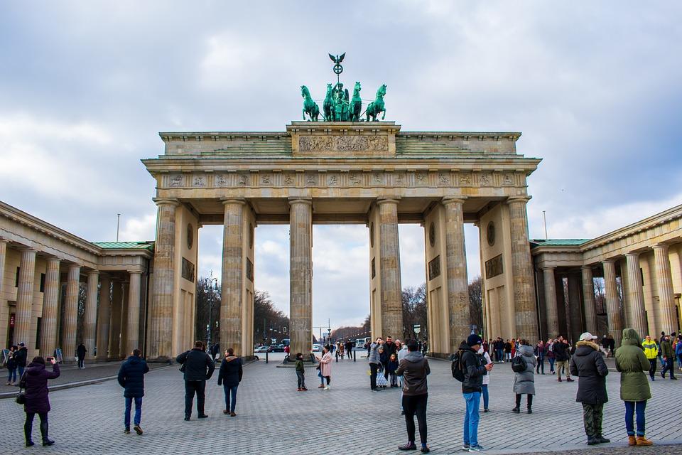 نصائح للسياح المسافرين إلى العاصمة الألمانية برلين