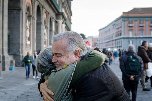 Abraço, Solidariedade, Paz, Amizade