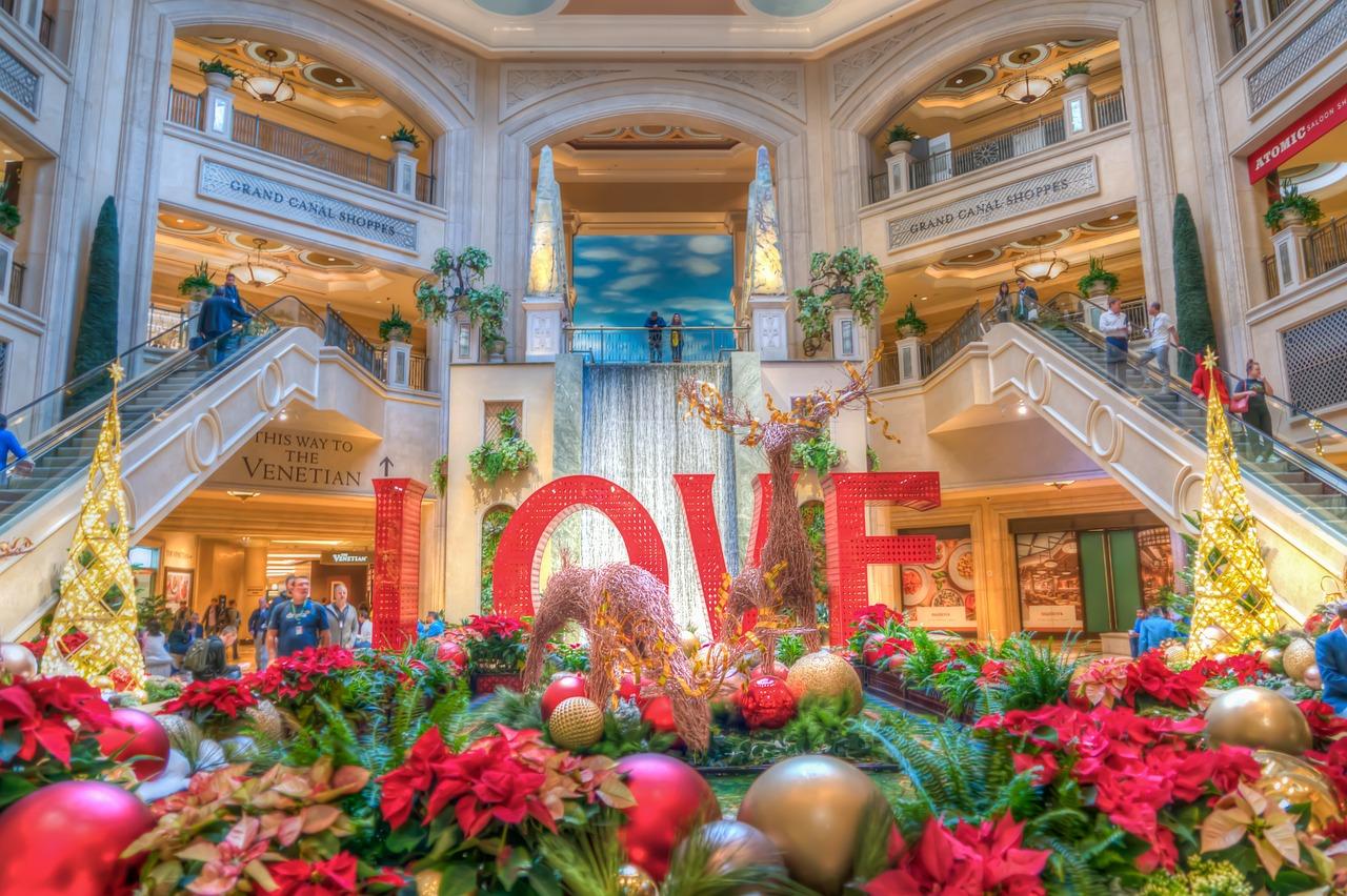 Las Vegas Christmas Decorations Free photo on Pixabay