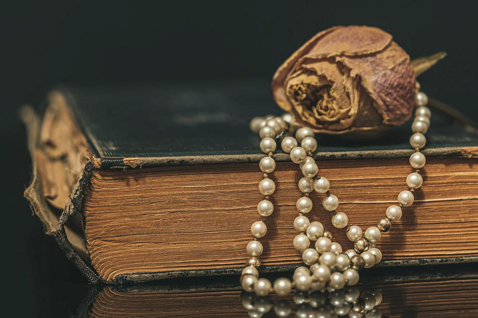 Pearl Necklace, Chain, Necklace, Jewellery, Old, Book