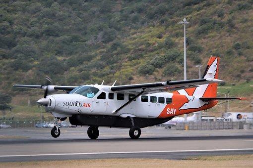 Cessna 208 Caravan, Sounds Air, Landing