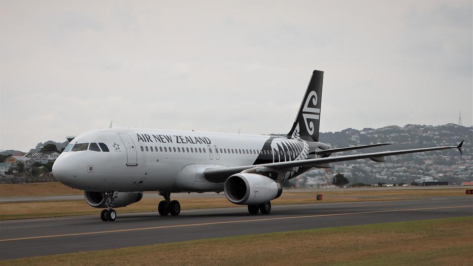ニュージーランド航空、エアバスA320、Zk-Ojs、ウィンディ、着陸